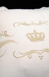 Christian-Fischbacher-Bettwäsche-Luxury-Nights-Crown-gold-weiß-Satin