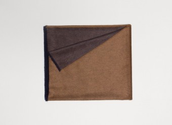 Begg-Plaid-Vale-Reversible-Vicuna-Navy