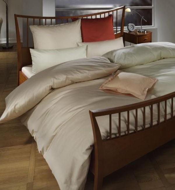 damast bettw sche wei. Black Bedroom Furniture Sets. Home Design Ideas